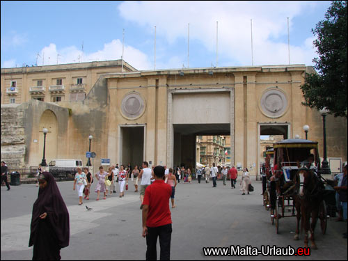 Valetta City Gate
