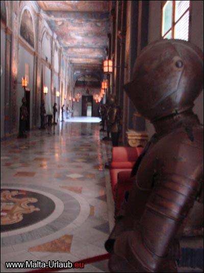 Grandmasters Palace Sehenswürdigkeit